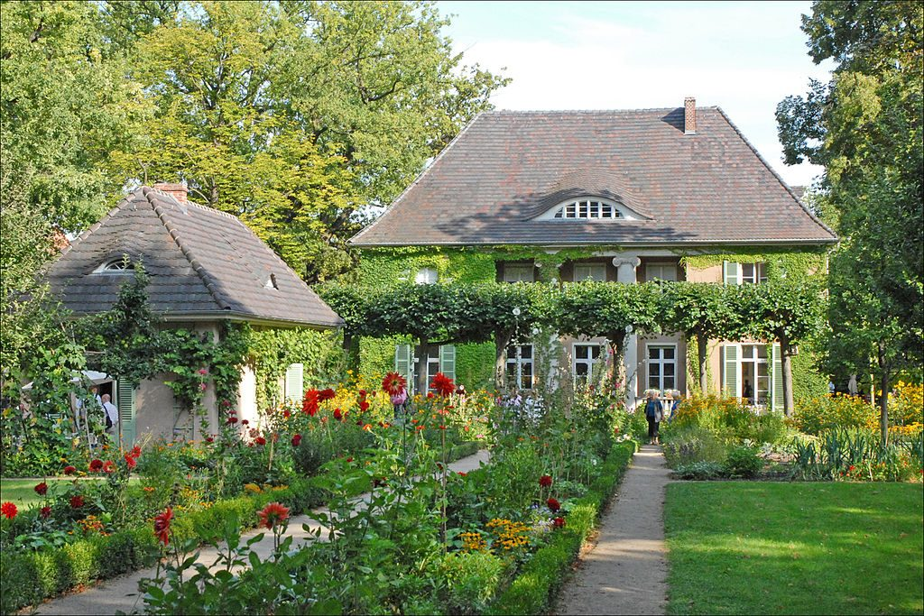 By Jean-Pierre Dalbéra from Paris, France (La villa de Max Liebermann (Wannsee, Berlin)) [CC BY 2.0 (http://creativecommons.org/licenses/by/2.0)], via Wikimedia Commons